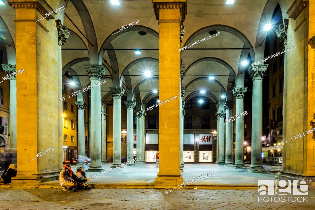 Stock Photo: Piazza del Mercato Nuovo, Firenze, Italy.
