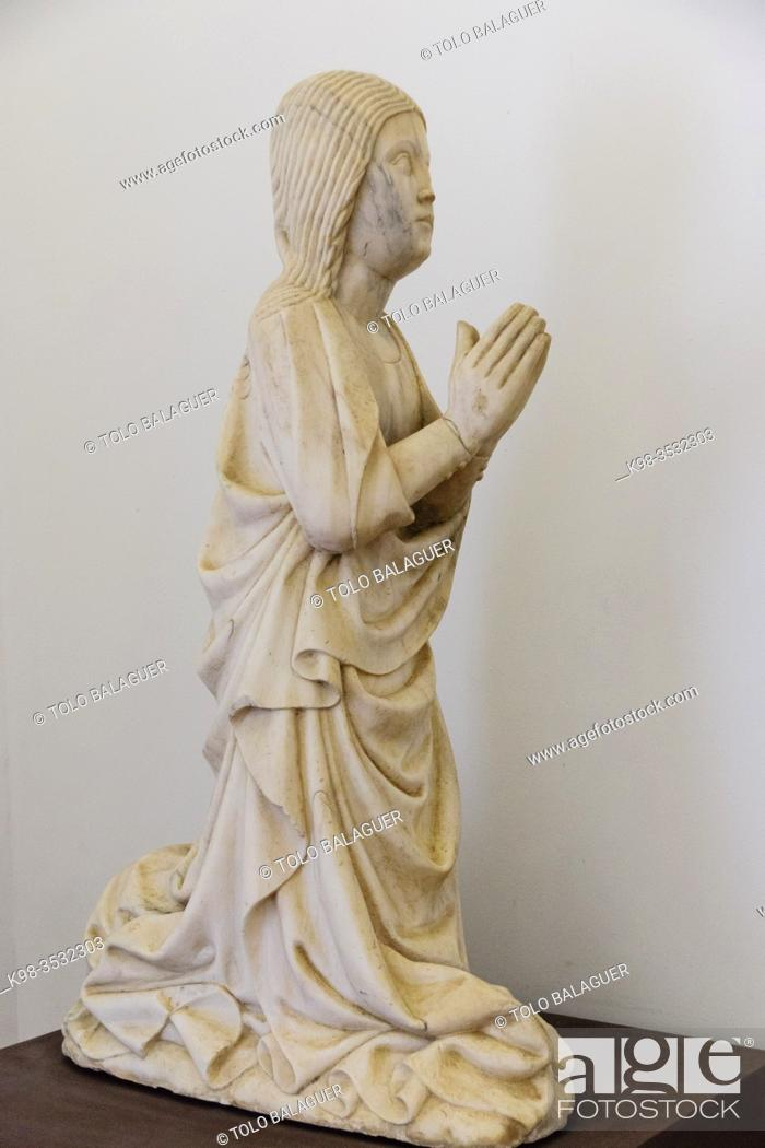 Stock Photo: virgen orante, siglo XVI, original del convento de Santo Domingos museo de Evora, Evora, Alentejo, Portugal, europa.