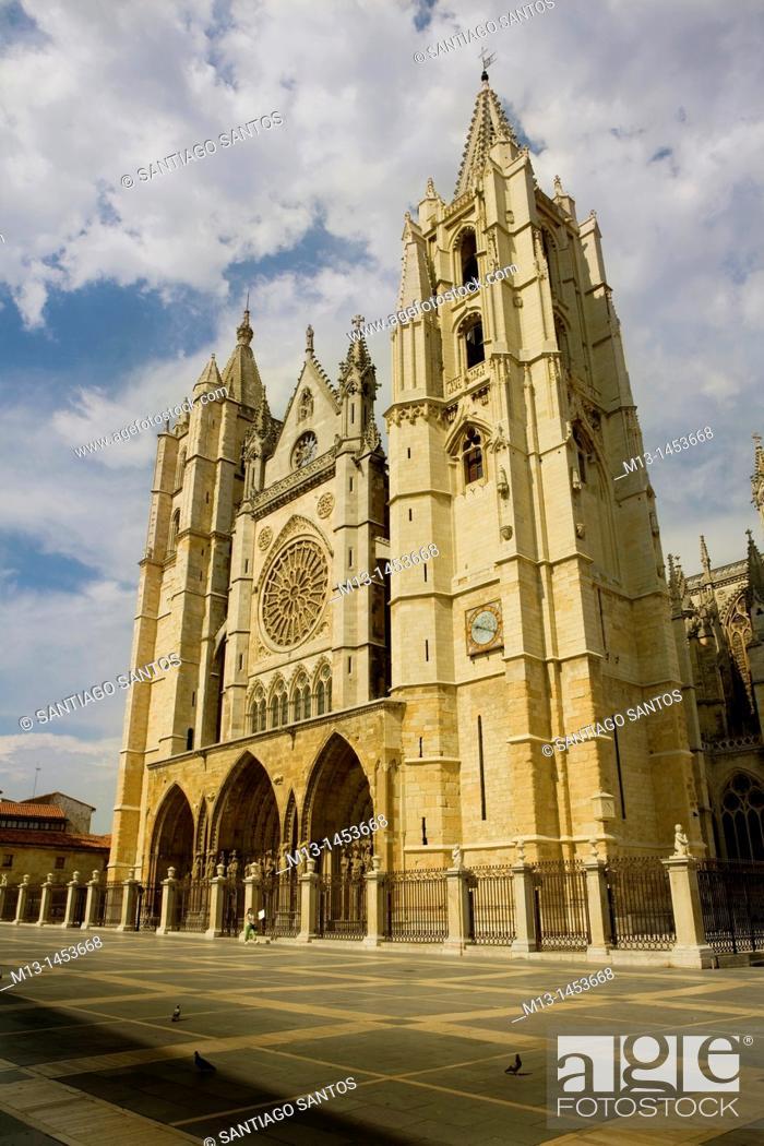 Stock Photo: Cathedral of Santa Maria de Regla, León. Castilla y León. Spain.
