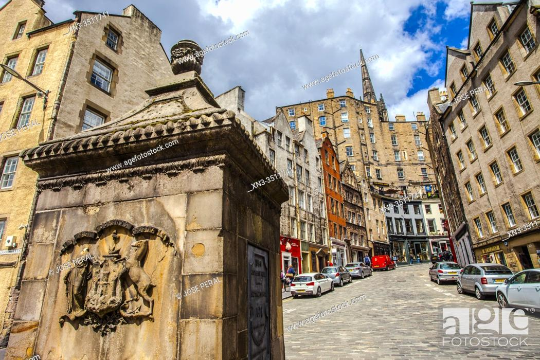 Imagen: The West Bow Well, On the Corner of West Bow and Grassmarket, Victoria Street, Old Town, Edinburgh, Scotland, United Kingdom, Europe.