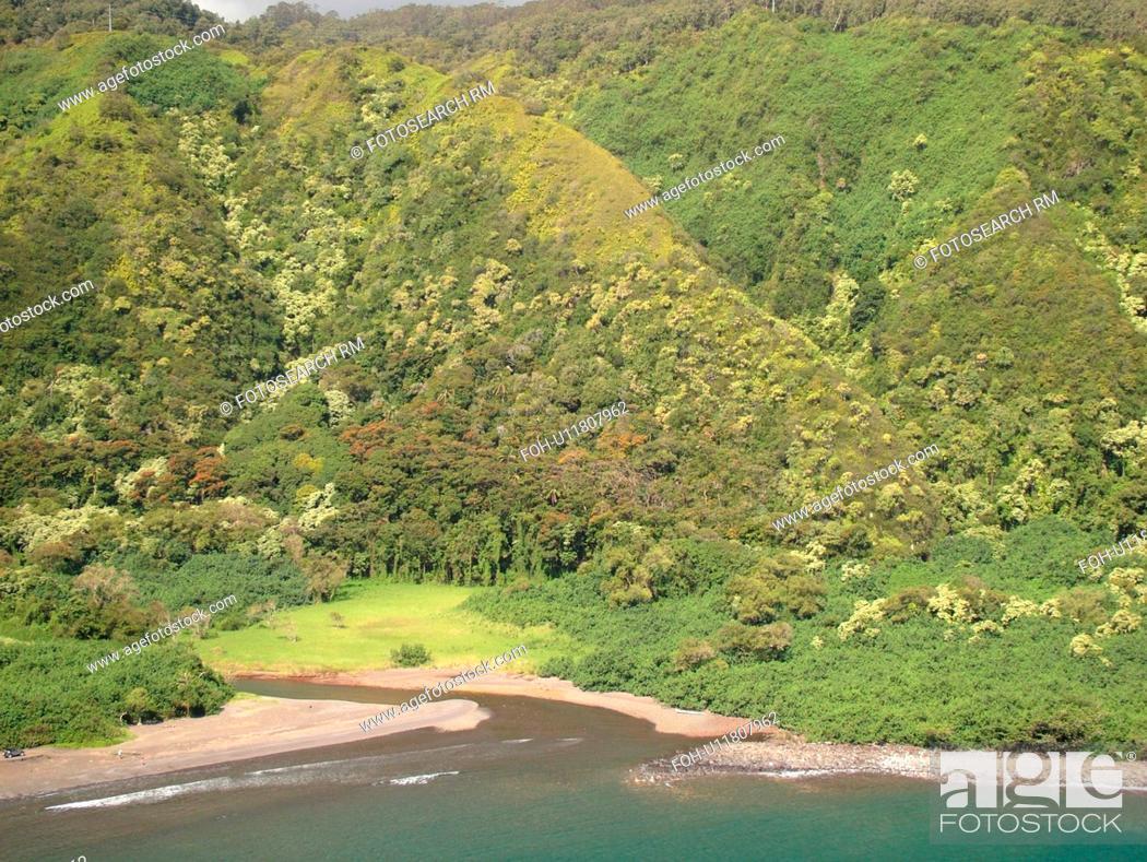 Stock Photo: Hana Highway, Maui, HI, Hawaii, Hana Coast, Highway 360, East Maui, North Shore, Honomanu Bay.