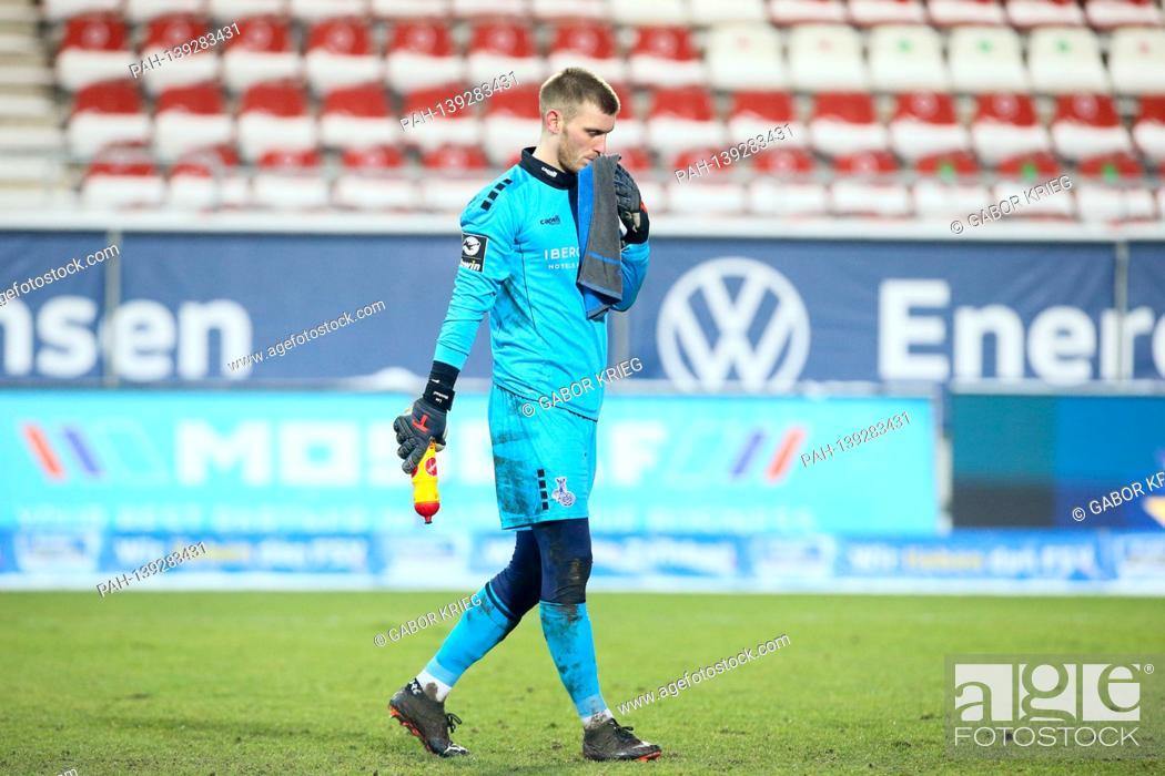 Imagen: firo: 01/26/2021 Soccer: Soccer: archive photos 3rd Bundesliga season 2020/21 MSV Duisburg - FSV Zwickau goalwart Leo Weinkauf (1, Duisburg),.