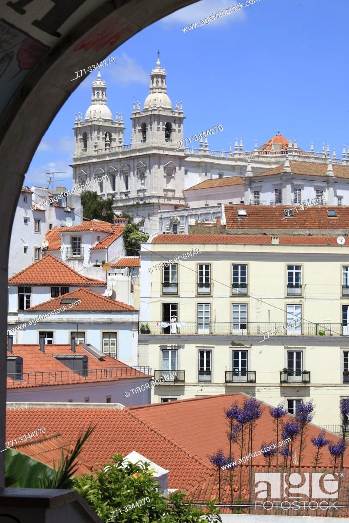 Imagen: Portugal, Lisbon, Alfama, skyline, Sao Vicente de Fora Church, .