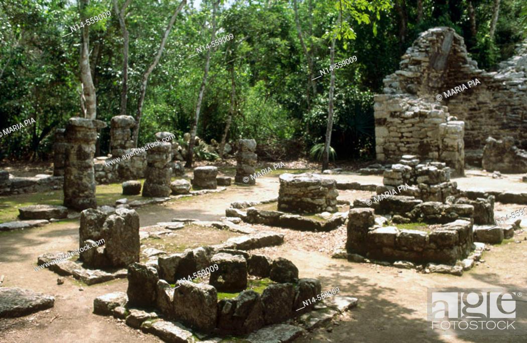 Stock Photo: Mayan ruins. Quintana Roo, Yucatán, Mexico.