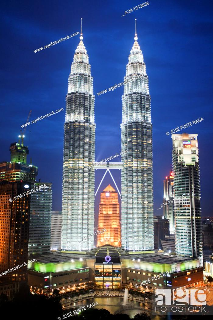 Stock Photo: Petronas Towers, Kuala Lumpur, Malaysia.