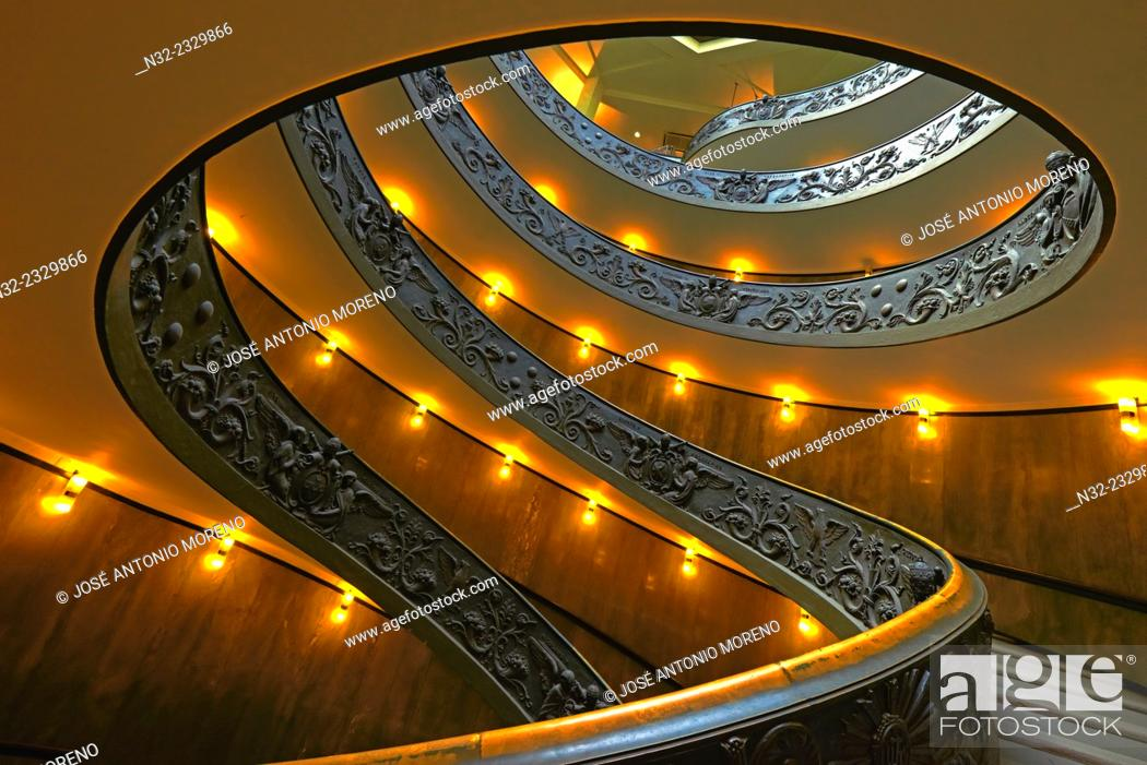 Stock Photo: Vatican, Spiral stairs, Giuseppe Momo spiral staircase, Vatican Museums, Vatican City, Rome. Lazio, Italy.