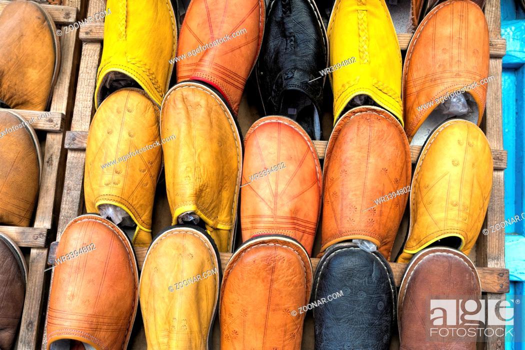 Stock Photo: Traditionelle Schuhe in Marokko.
