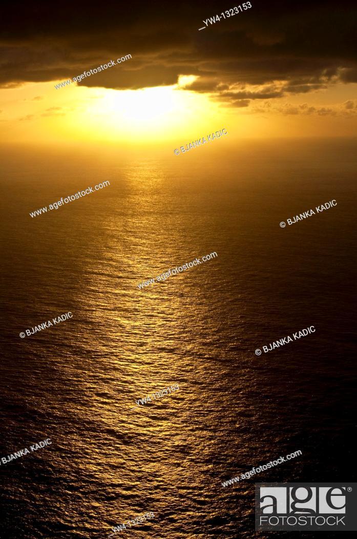Stock Photo: Sunrise, Sydney, Australia.