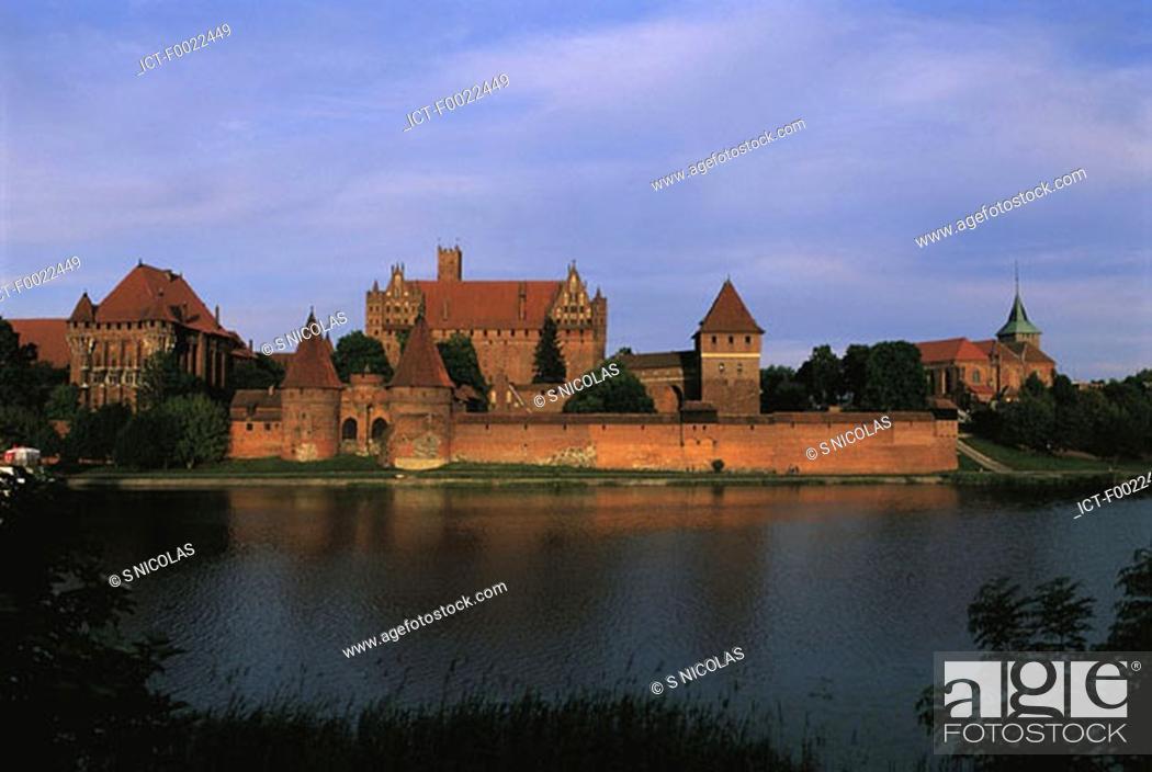Stock Photo: Poland, Malbork, castle.