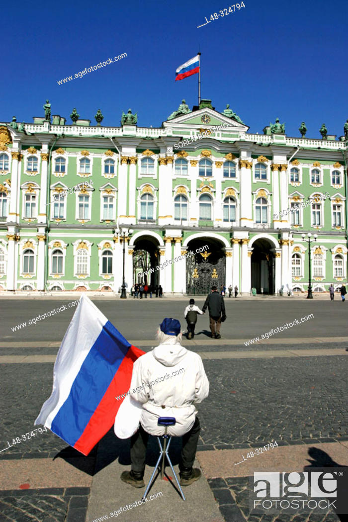 Stock Photo: Russian flags in front of The Hermitage Museum, (Hermitage State Museum), St. Petersburg, or Saint-Petersburg, former Leningrad, Russia.