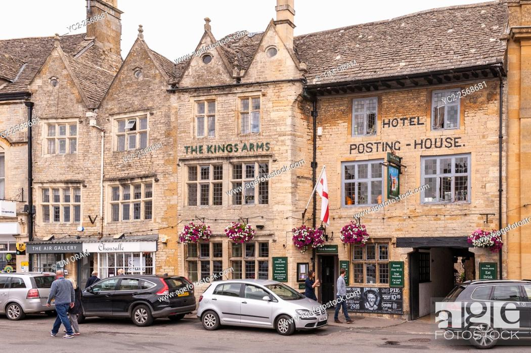 Stock Photo: The Kings Arms Hotel at Stow-on-the-Wold , Cheltenham , Gloucestershire , England , Britain , Uk.
