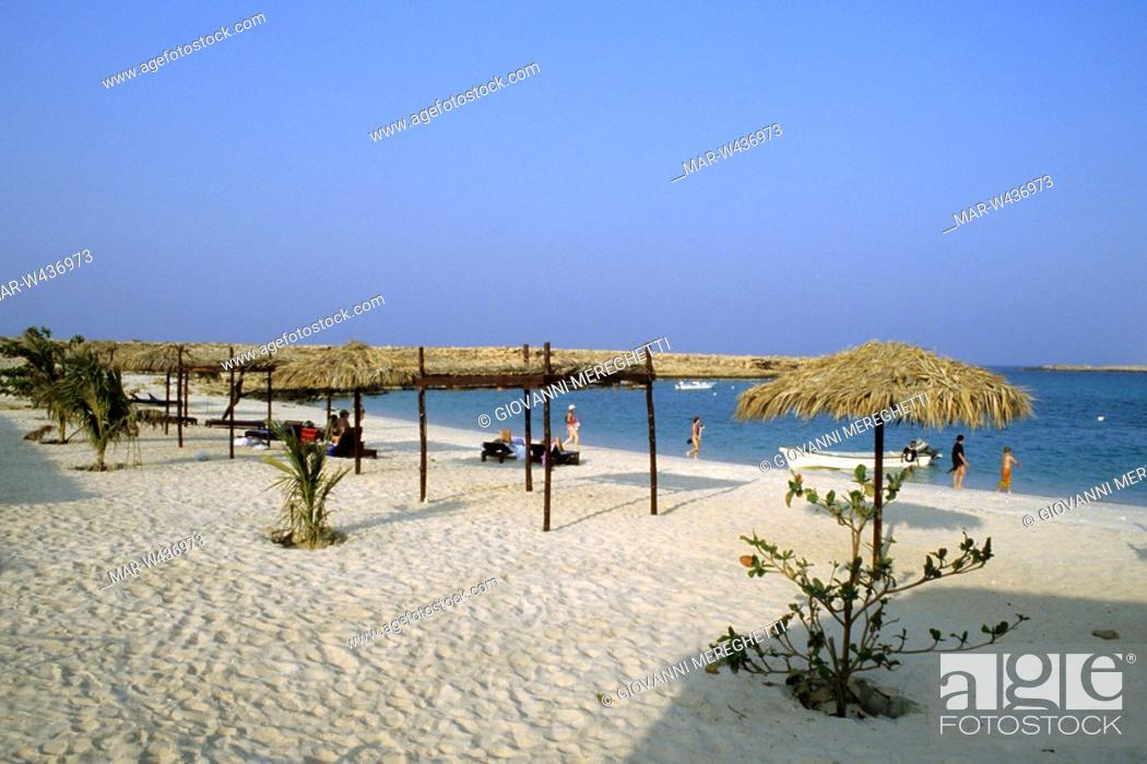 Stock Photo Spiaggia Del Turtle Beach Resort Di Ras El Had Oman Asia
