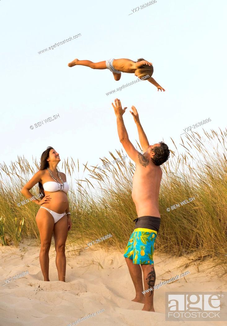 Stock Photo: Family enjoying the beach. Tarifa, Costa de la Luz, Cadiz, Andalusia, Spain, Southern Europe.