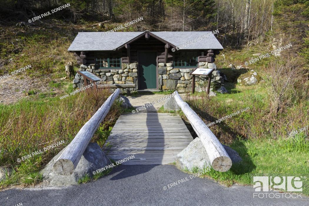 Stock Photo: Franconia Notch State Park of Lincoln, New Hampshire USA during the spring months.