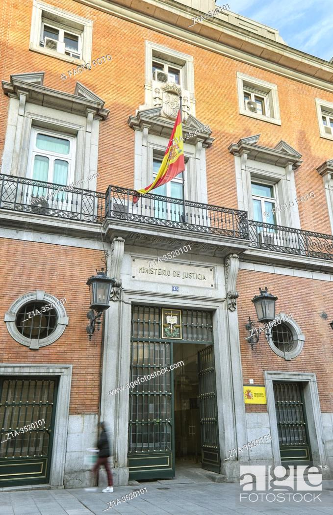 Imagen: Headquarters of the Ministry of Justice. Madrid, Spain.