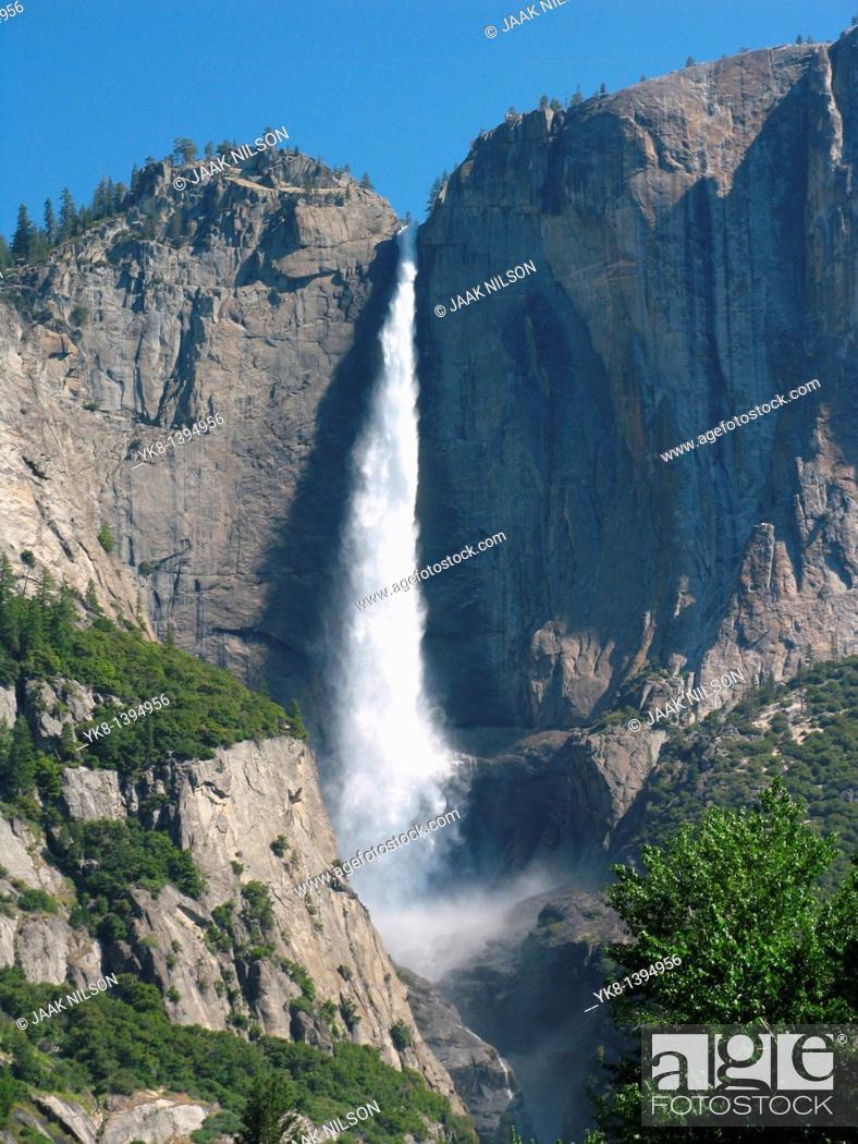 Stock Photo: Upper Yosemite Waterfall, Yosemite Nat`l Park, Sierra Nevada Mountains, California, USA.