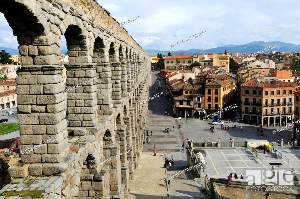 Imagen: Roman aqueduct in Segovia, Unesco World Heritage Site, Castile and Leon or Castilia y Leon, Spain, Europe.