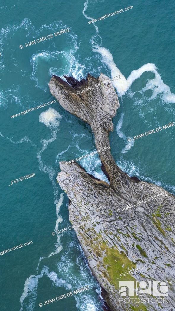 Stock Photo: Coastal landscape in Islares, Castro Municipality, Cantabrian Sea, Cantabria, Spain, Europe.