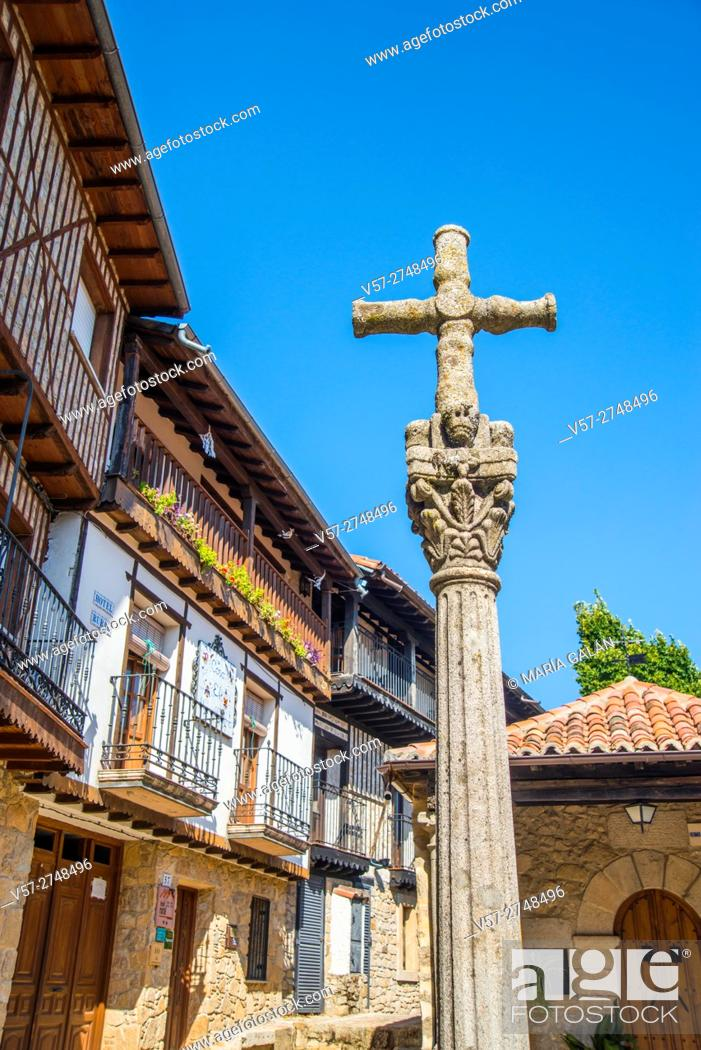Imagen: Stone cross. Mogarraz, Sierra de Francia Nature Reserve, Salamanca province, Castilla Leon, Spain.