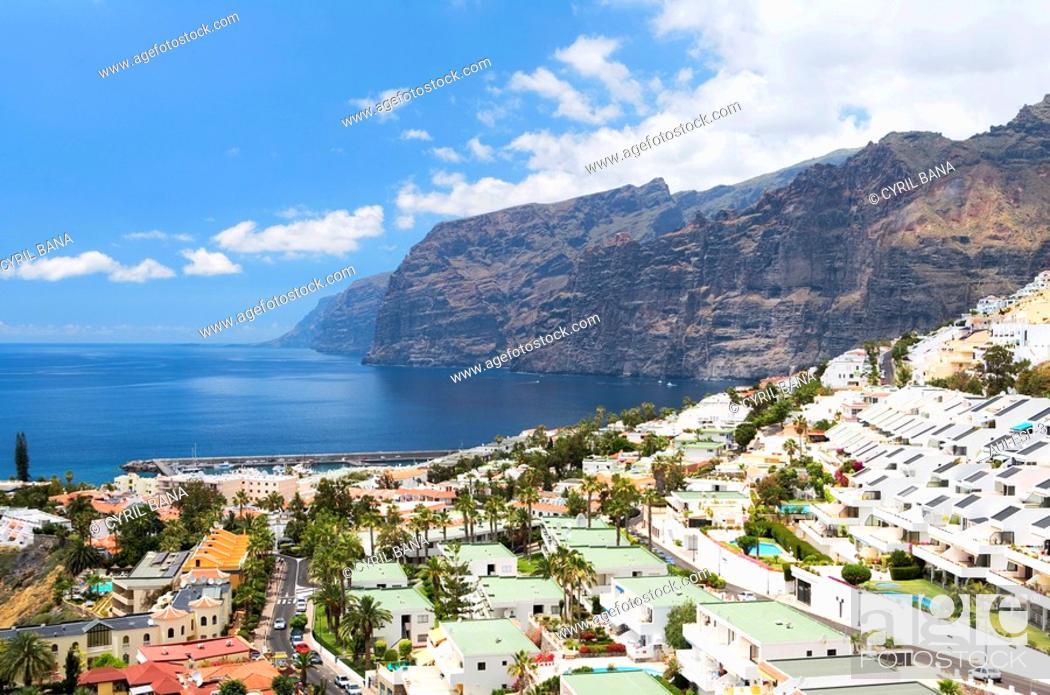 Stock Photo: Spain - Canary Islands - Tenerife - L'acantilado de Los Gigantes.