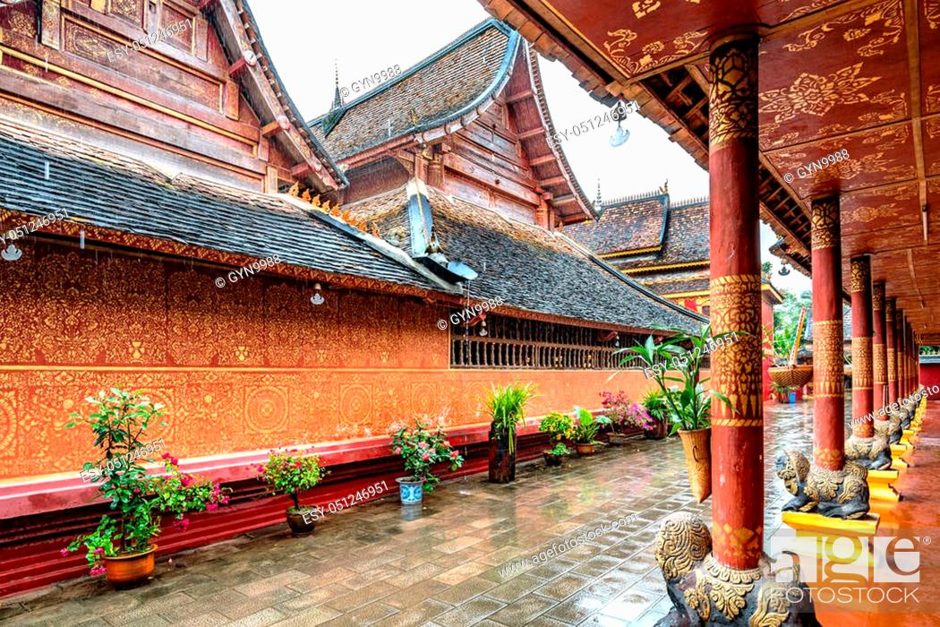 Stock Photo: Beautiful buildings in ancient temples in Xishuangbanna, Yunnan, China.