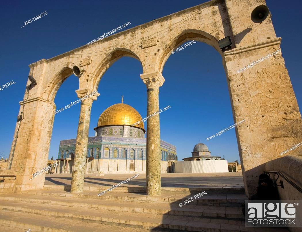 Stock Photo: Dome of the Rock, Temple Mount, Old City, Jerusalem, Israel.