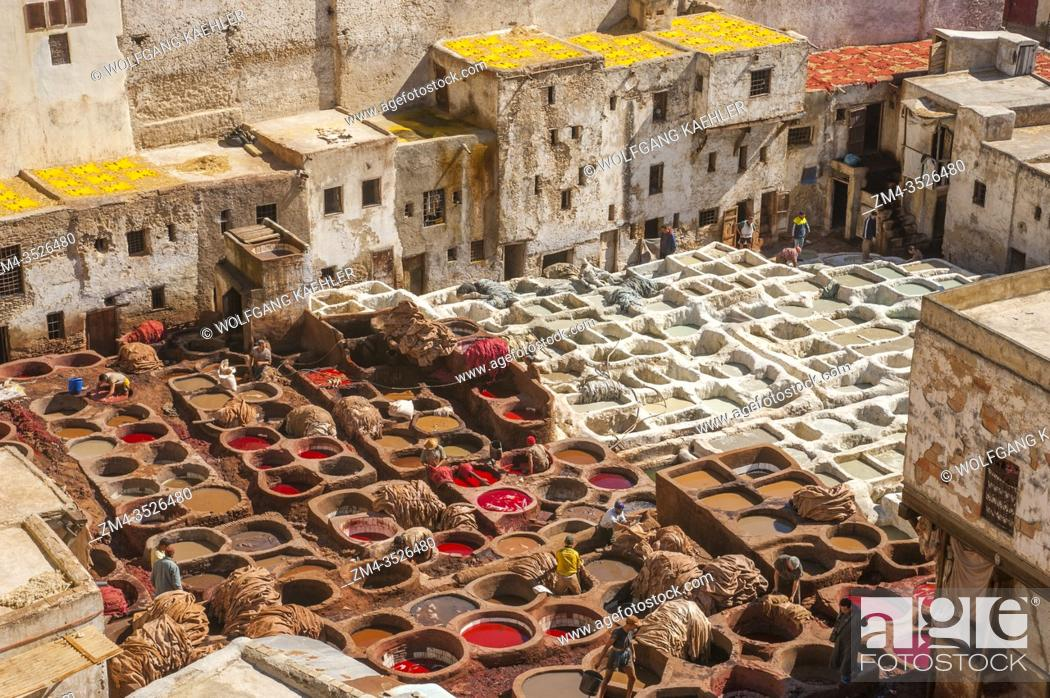 Imagen: View of the pits of the Chouara Tannery in the Medina (old town) of the city of Fez (or Fes) in Morocco.