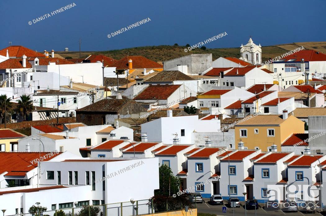 Imagen: Europe, Portugal, Southern Portugal , Algarve region , Faro district , Vila do Bispo - a charming little town close to Sagres, western coast of Atlantic Ocean.