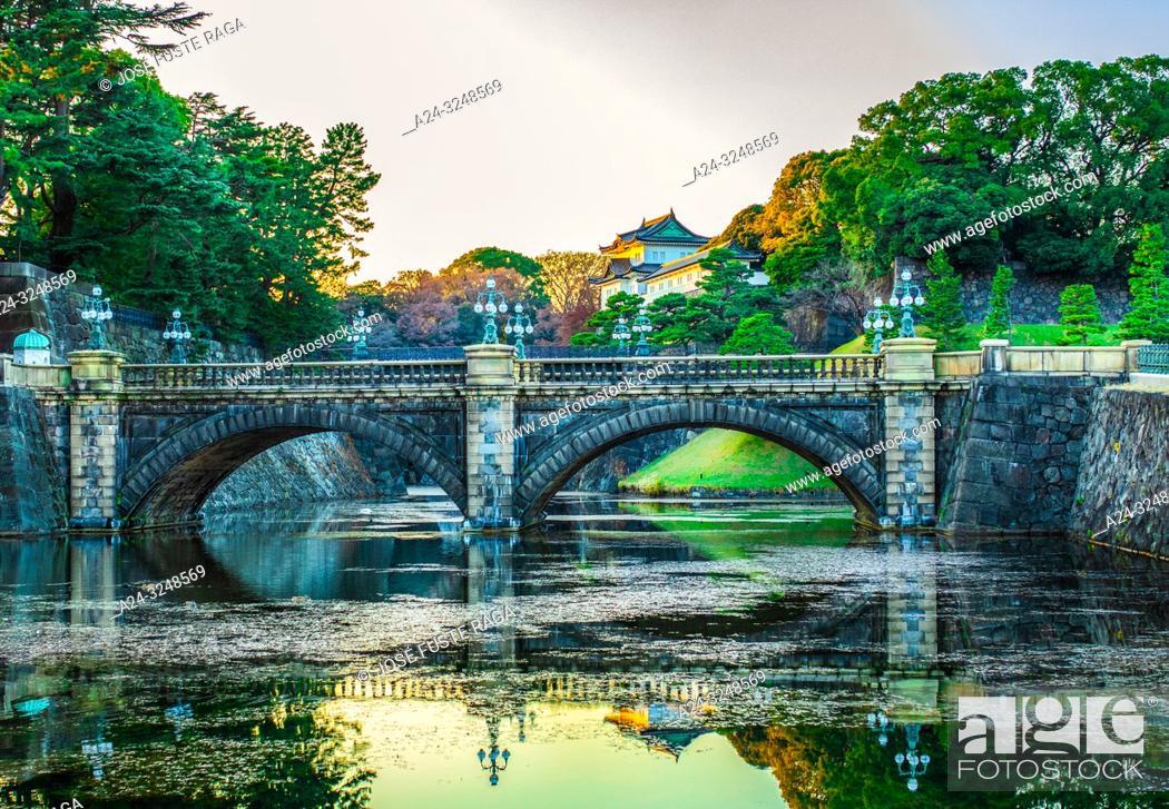 Imagen: Japan, Tokyo City, The Imperial Palace, Nijubashi.