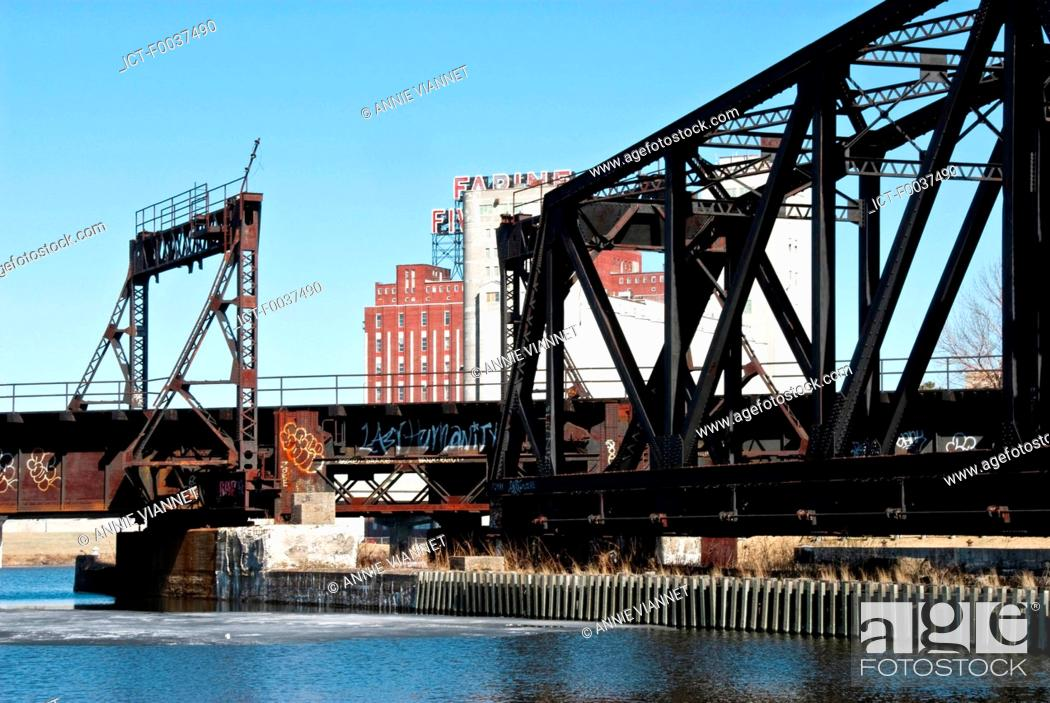 Stock Photo: Canada, Quebec, Montreal, Lachine canal, Peel.
