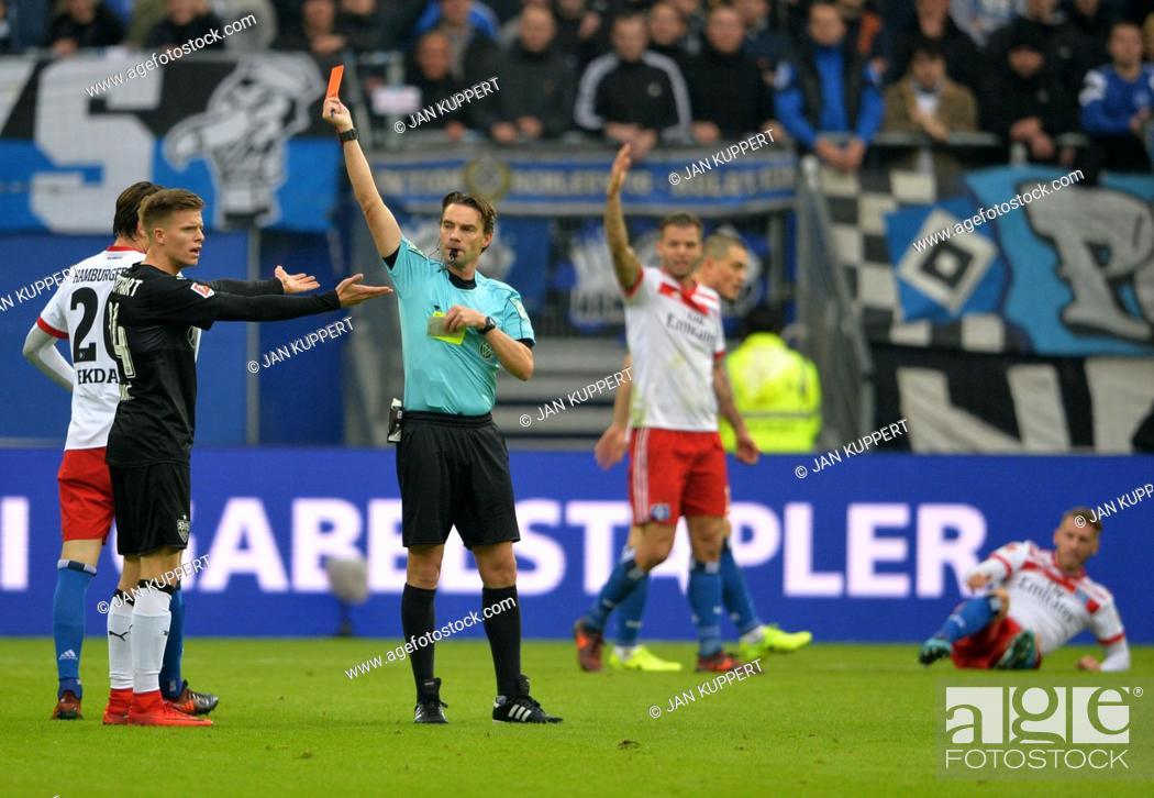 Referee Guido Winkmann 2 Vo Li Zeigt Dzenis Burnic S Li