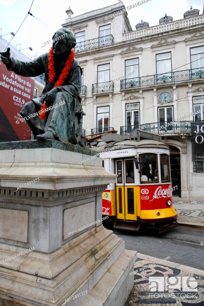 """Stock Photo: Portugal, Lisbon, old cable car tramway known as """"electrico""""."""