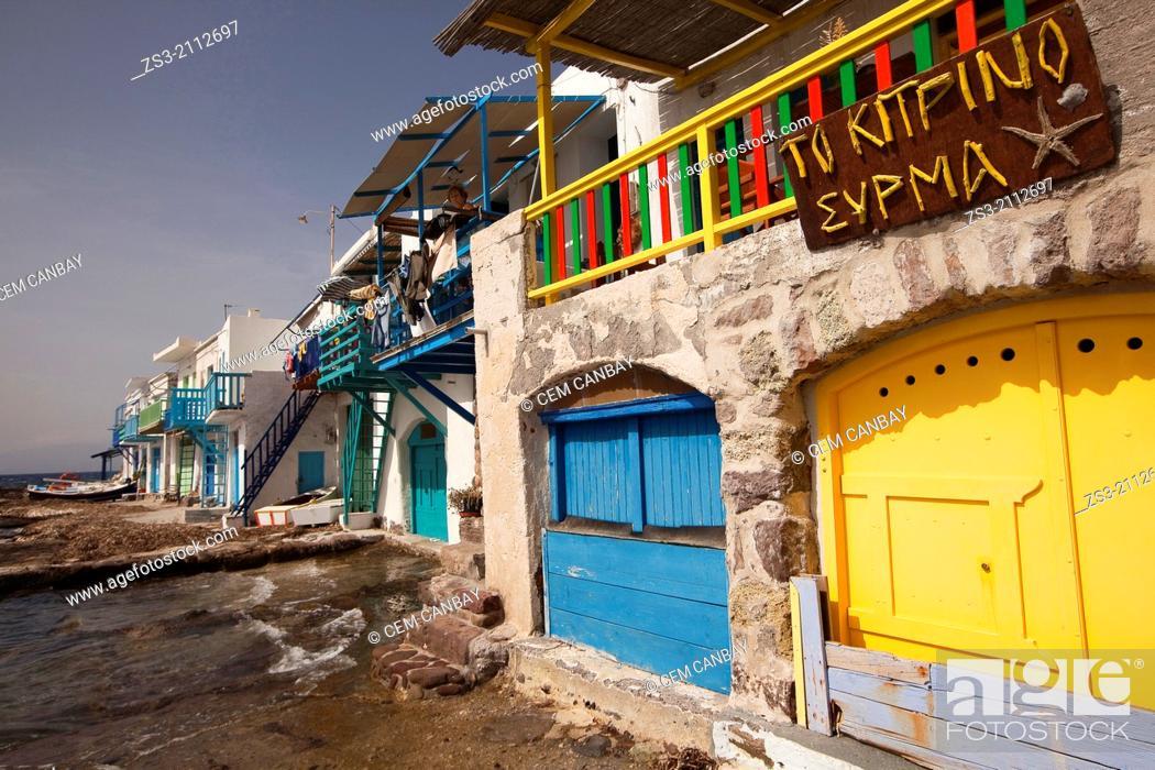 Imagen: Houses on the Klima village, Milos, Cyclades Islands, Greek Islands, Greece, Europe.