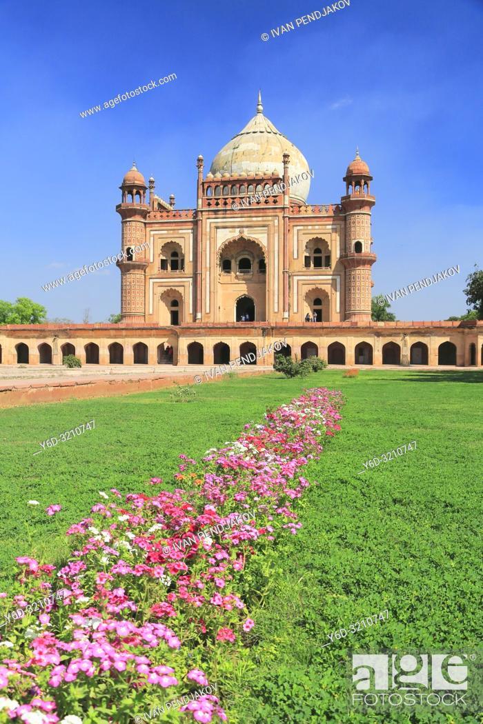 Stock Photo: Safdarjung Tomb, New Delhi, India.