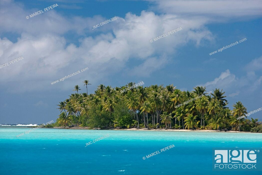 Stock Photo: French Polynesia, Leeward islands, Bora Bora.