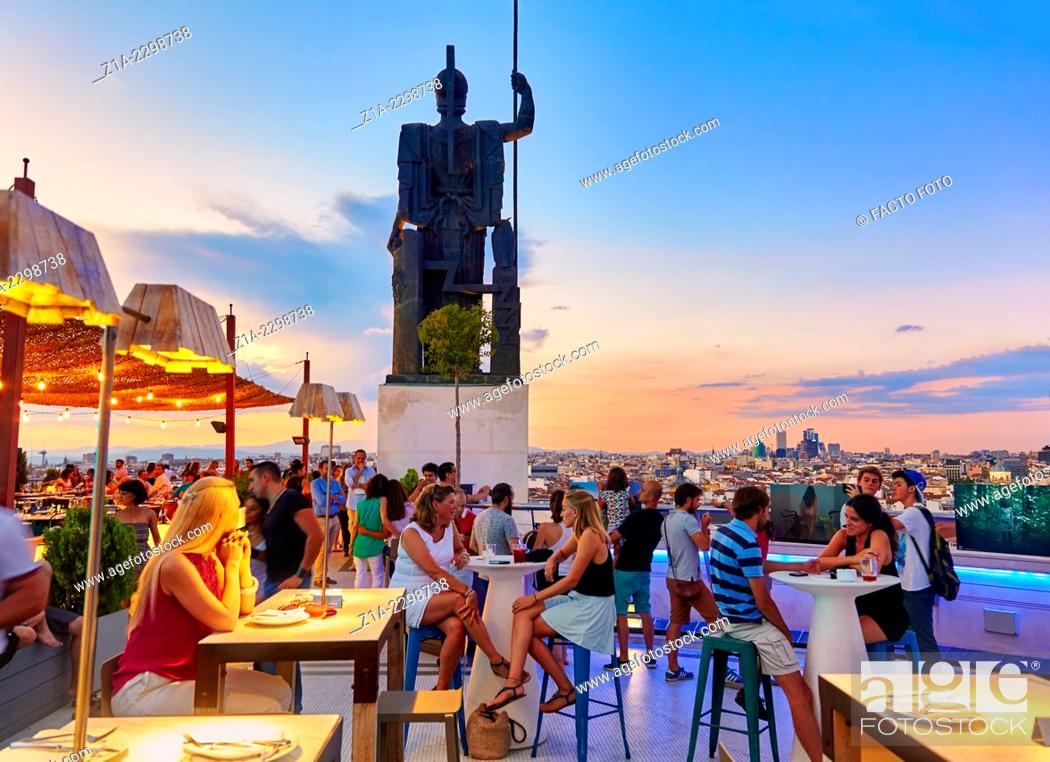 "Imagen: People at the """"Tartan Roof"""" restaurant, located at The Circulo de Bellas artes cultural center rooftop terrace. Madrid. Spain."