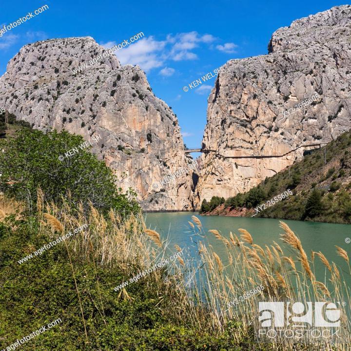 Photo de stock: Malaga Province, Andalusia, southern Spain. El Chorro gorge near Alora. Desfiladero de los Gaitanes. The Caminito del Rey (the King's Walkway) can be seen.