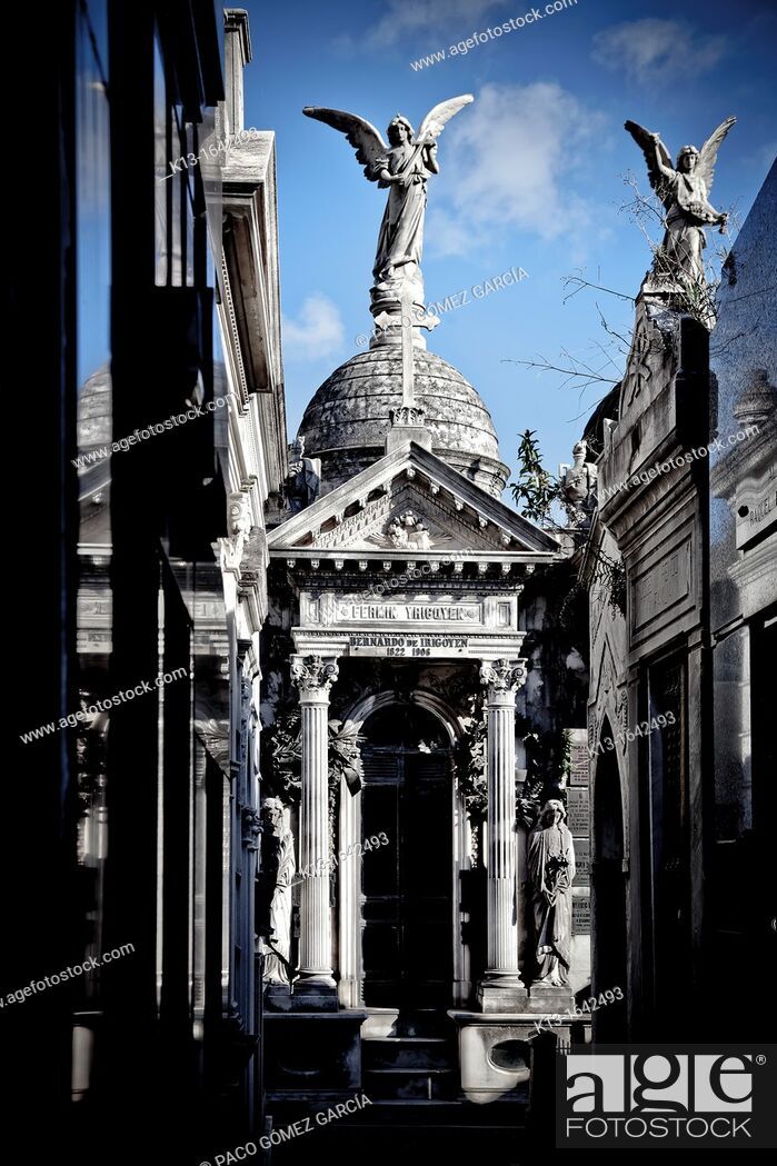 Stock Photo: Tombs, La Recoleta Cemetery in Buenos Aires, Argentina, South America.