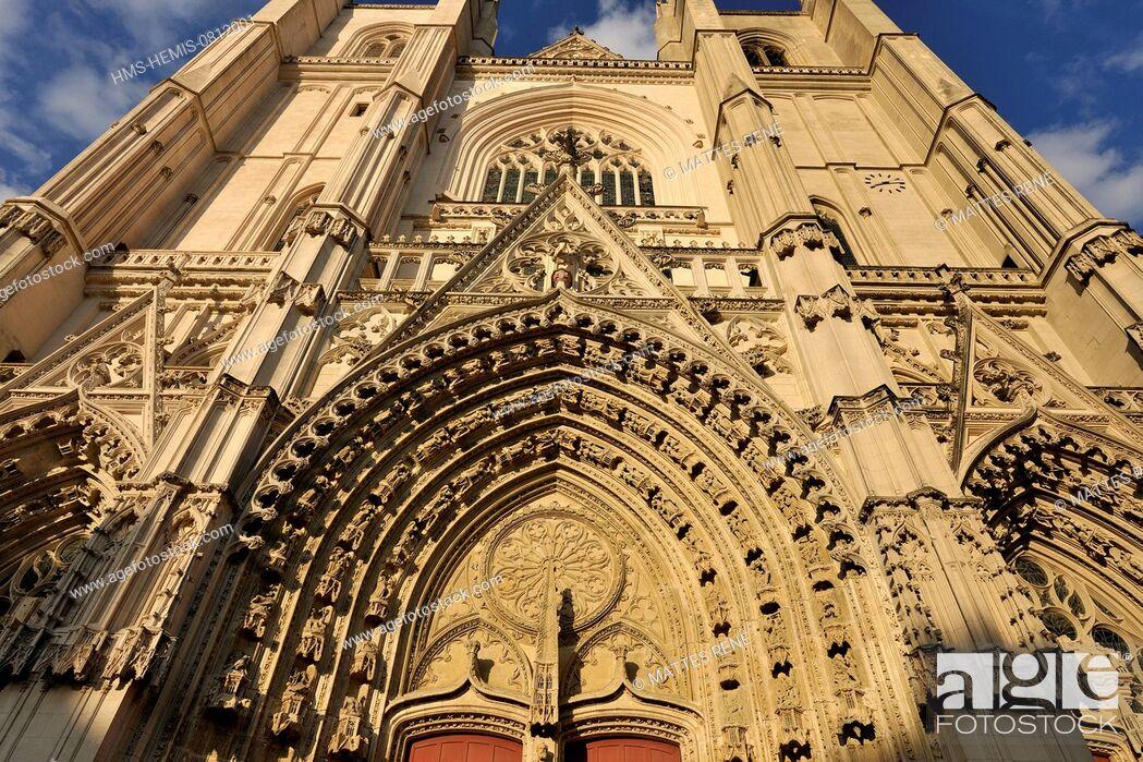 Stock Photo: France, Loire Atlantique, Nantes, European Green Capital 2013, Cathedral of Saint Peter and Saint Paul.
