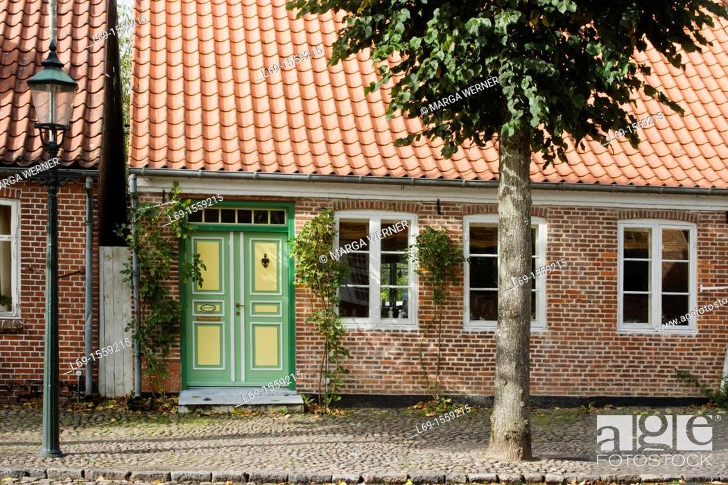 Stock Photo: Historic house in 'SLotsgaden' from 17th and 18th century, Mögeltondern or Mogeltonder, South Jutland, Denmark.