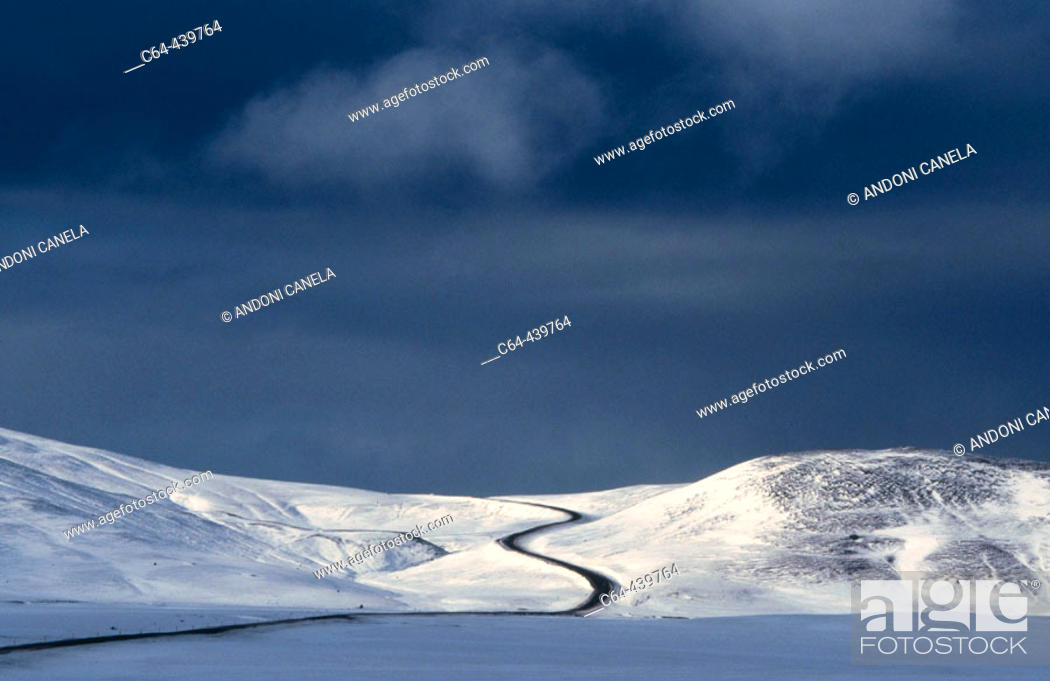 Stock Photo: Road. Jokulsa. Iceland.