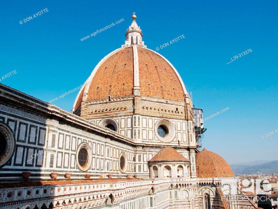 Stock Photo: Santa Maria del Fiore cathedral. Florence. Tuscany, Italy.