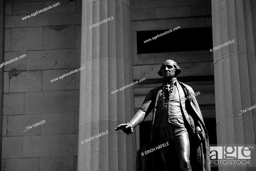 Stock Photo: George Washington Statue on the Wallstreet in the Morninglight.