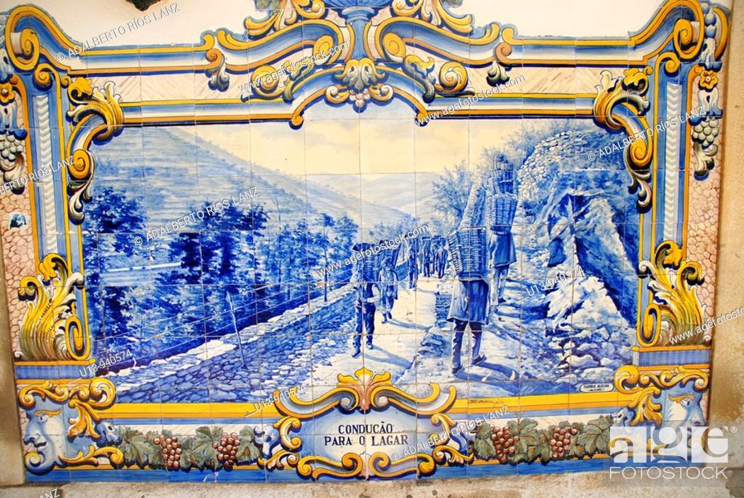 Stock Photo: Painted tiles, Pinheiro, Portugal.