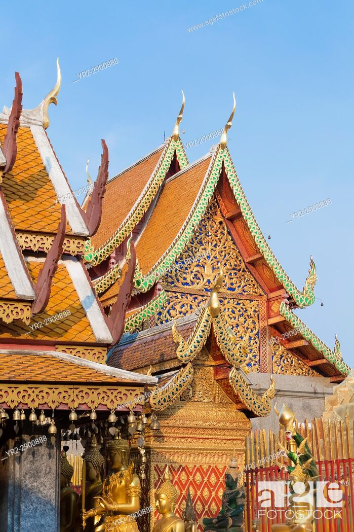 Imagen: Detail of the roof of Wat Phra That Doi Suthep temple, Chiang Mai, Thailand.