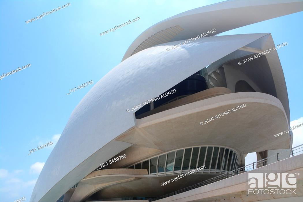 Stock Photo: Palau de les Arts Reina Sofia. Ciudad de las Artes y las Ciencias, an architectural, cultural and entertainment complex designed by Santiago Calatrava and Felix.