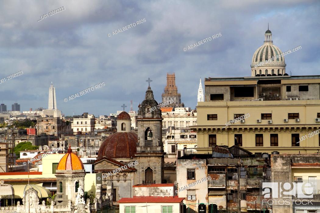 Stock Photo: Habana Vieja, Cuba.