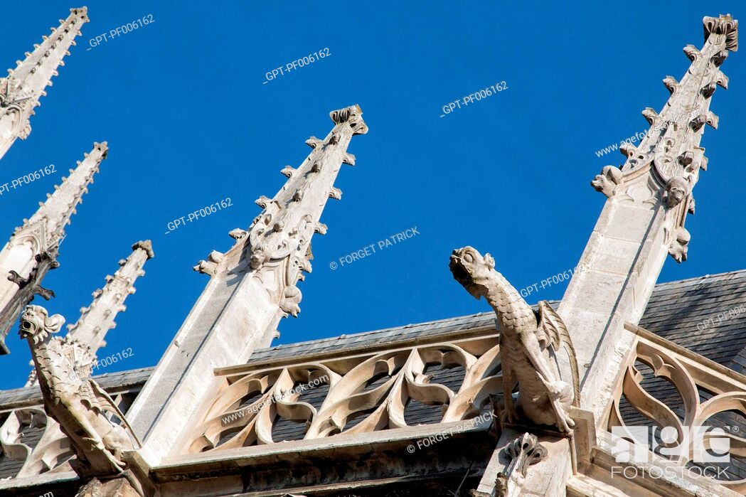 Stock Photo: GARGOYLE ON THE SOUTH FACADE, NOTRE-DAME CATHEDRAL, EVREUX (27), FRANCE.