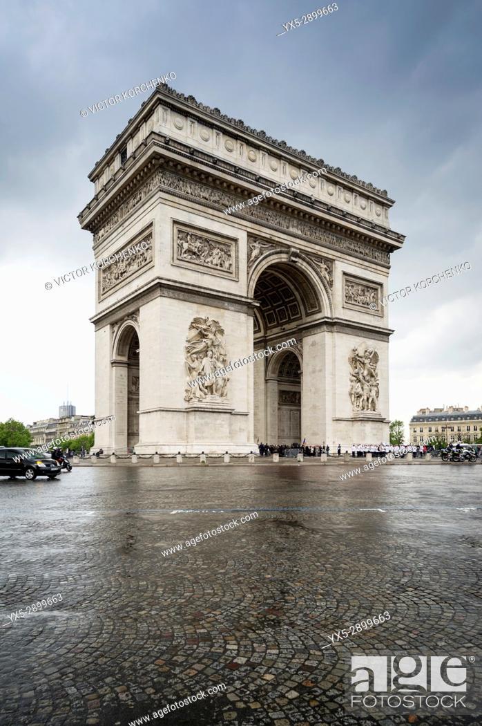 Stock Photo: Arc de Triomphe in Paris.