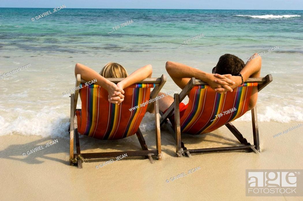 Stock Photo: Couple enjoying the sea view.